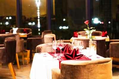 Top 18 quán ăn lãng mạn riêng tư dành cho 2 người ở TpHCM